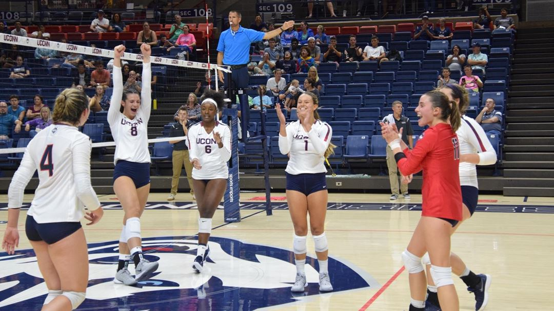 Women's Volleyball - University of Connecticut Athletics